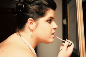 c21-Warren-Putting On Makeup.jpg